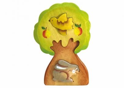 Заяц в дереве